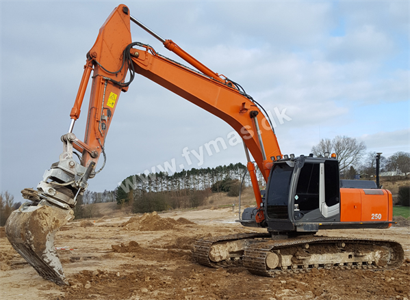 Hitachi ZX250 LC-3  w/Rotortilt
