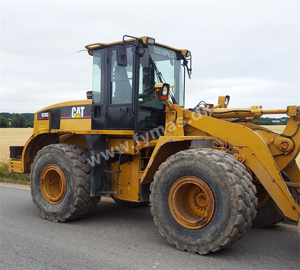 Caterpillar 938 G - Series II w/quick coupler