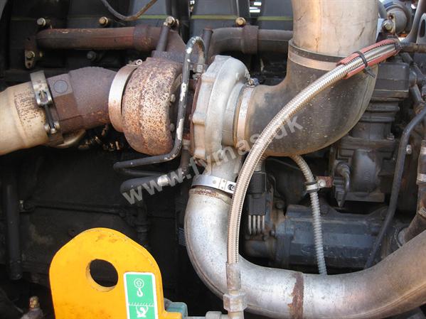Moxy MT26 - 6x6  Tires 750/65R25