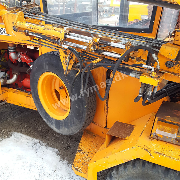 Arrow D500 Concrete and Asphalt breaker
