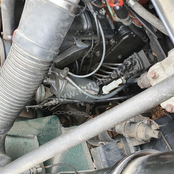 Knebel HY 79 SBR  - Mercedes Unimog U2150 L Chassis