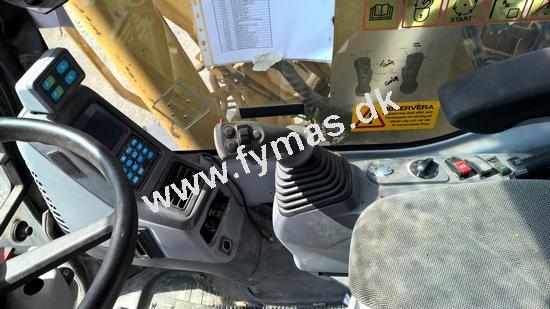 Komatsu PW180-7 m/Rotortilt og Støtteben + Dozerblad